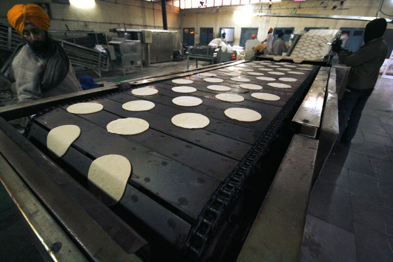 Automated Roti Maker at Community Kitchen